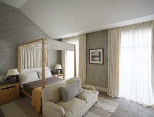 11 Guest bedroom (2)
